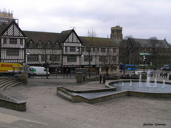 Plaza central de Swansea
