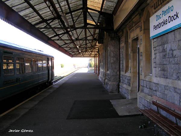 Estación de tren de Pembroke