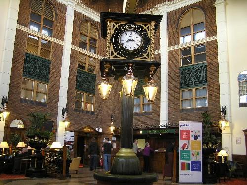 Hotel Park Inn Cardiff City Centre, en la capital galesa